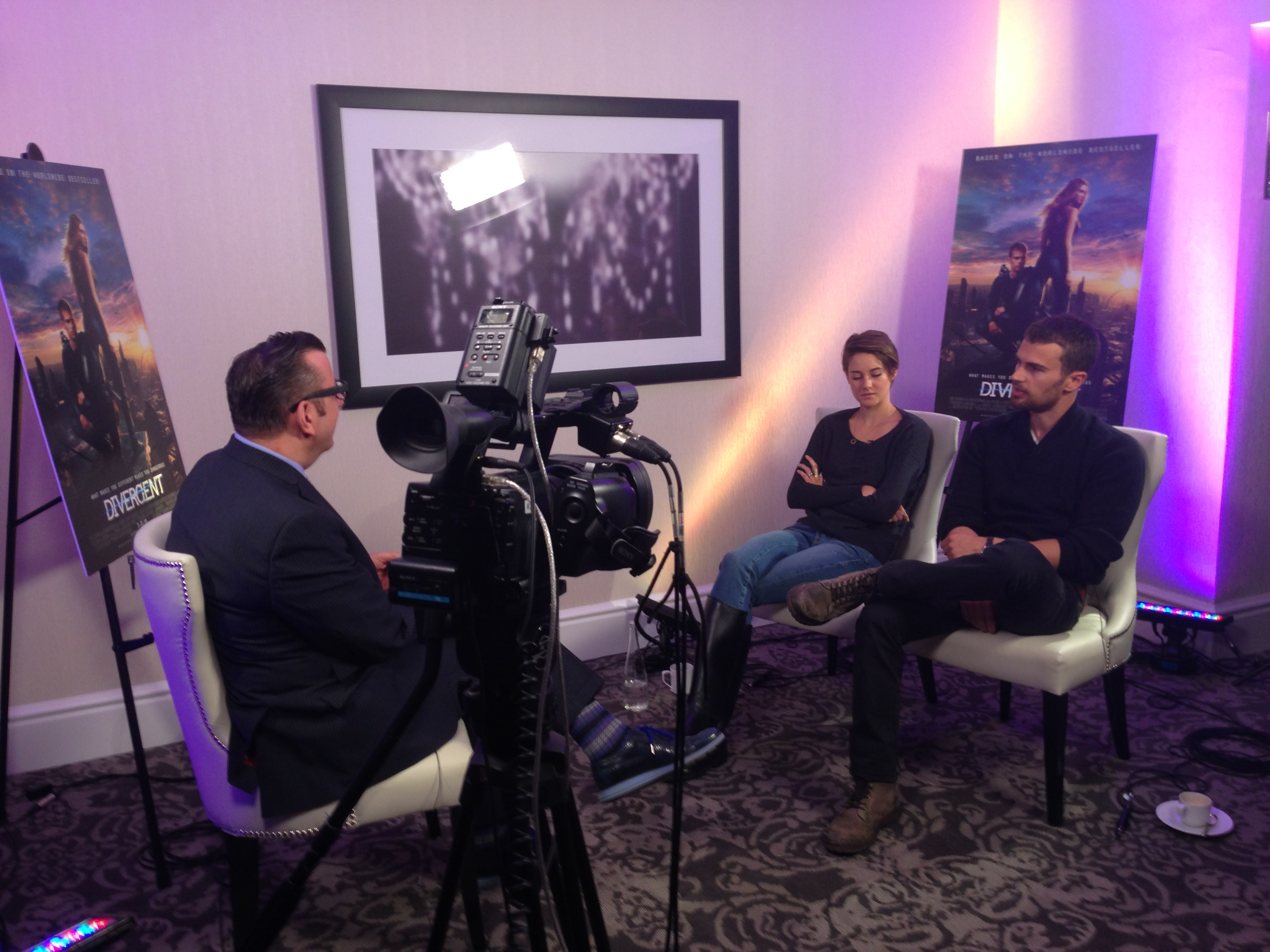 LiVECAST.ca - Press Junket